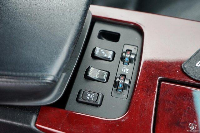 Lexus GS 17