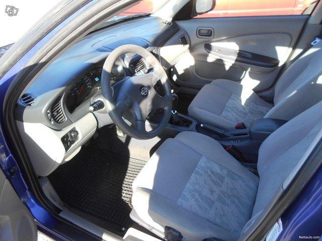 Nissan Almera 9