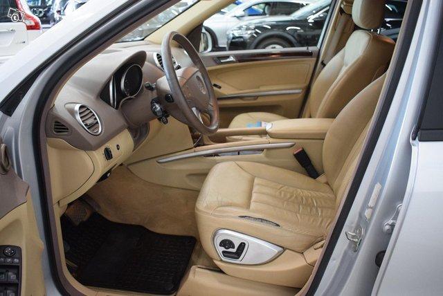 Mercedes-Benz ML 9