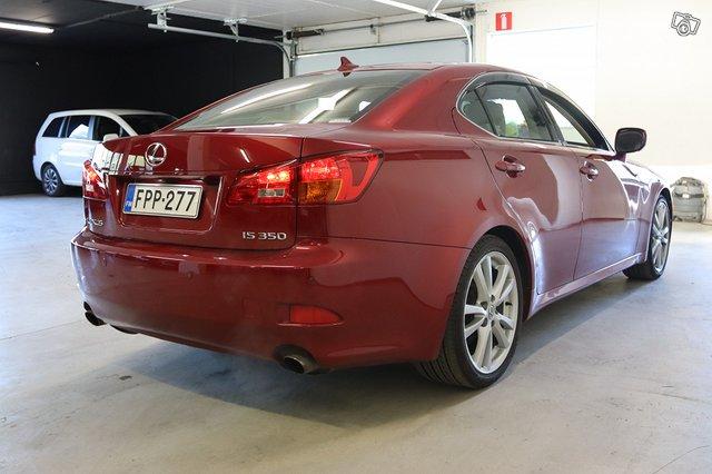 Lexus IS 6