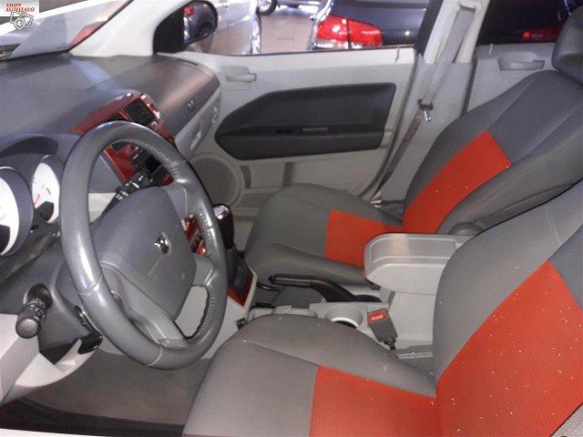 Dodge Caliber 4