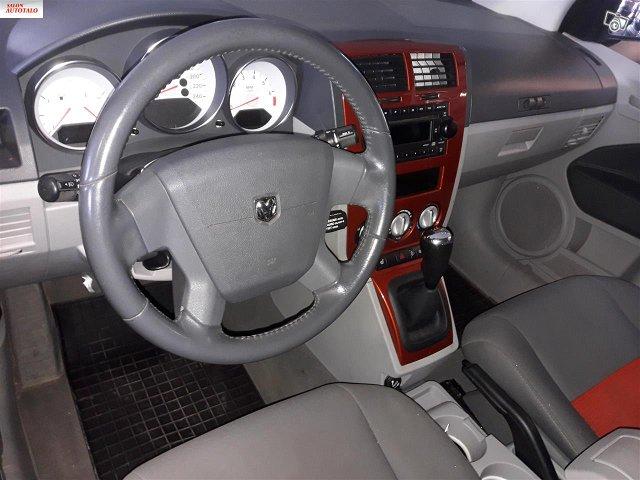Dodge Caliber 5