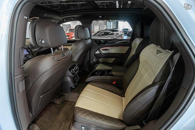 Bentley Bentayga 9