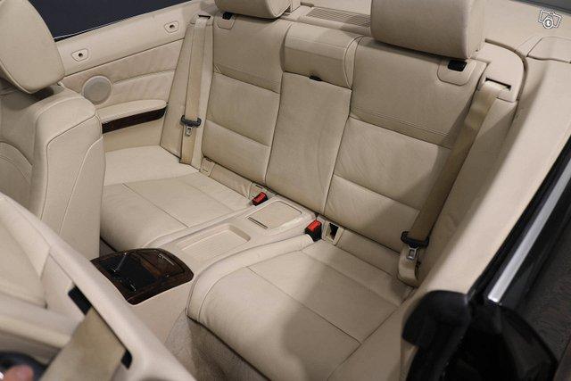 BMW 320 12