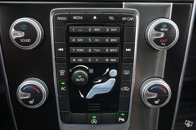Volvo V60 25