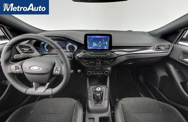 Ford Focus 10