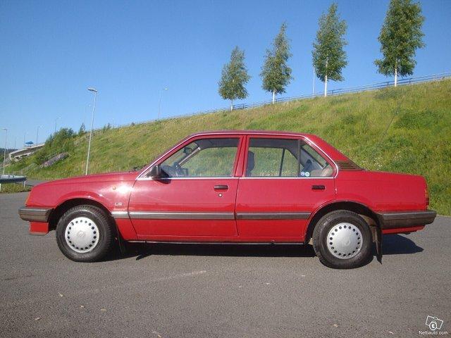 Opel Ascona 6