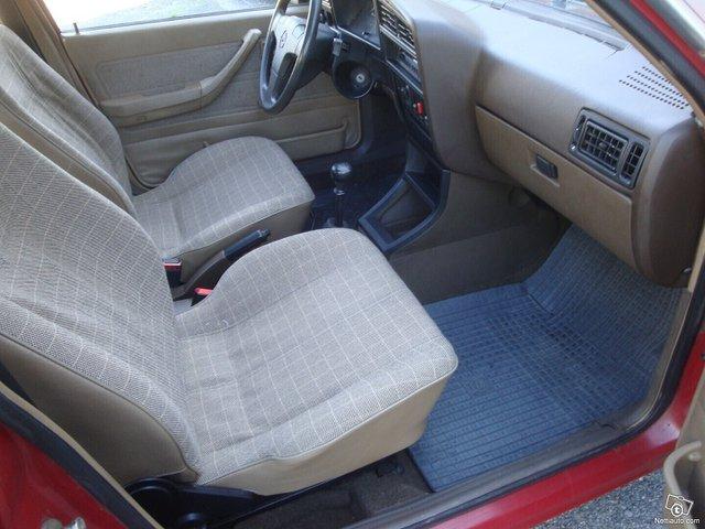Opel Ascona 7