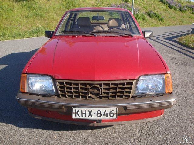 Opel Ascona 15