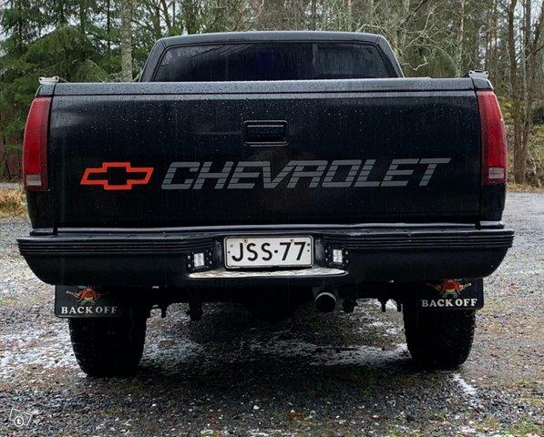 Chevrolet Silverado 2