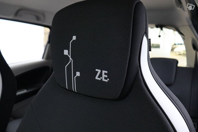 Renault Zoe 17
