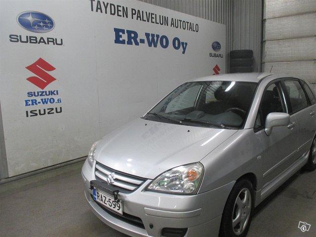 Suzuki Liana 1