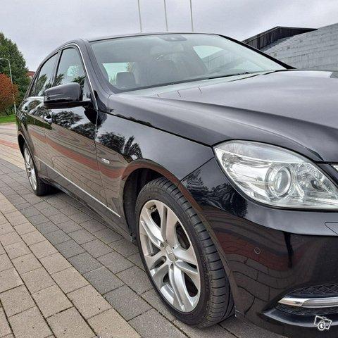 Mercedes-Benz E-sarja 6