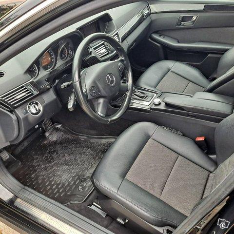 Mercedes-Benz E-sarja 11