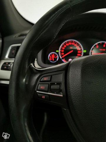 BMW 530 Gran Turismo 15