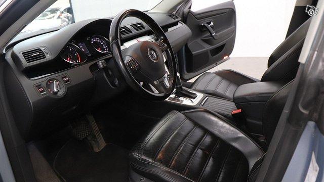 Volkswagen Passat CC 14