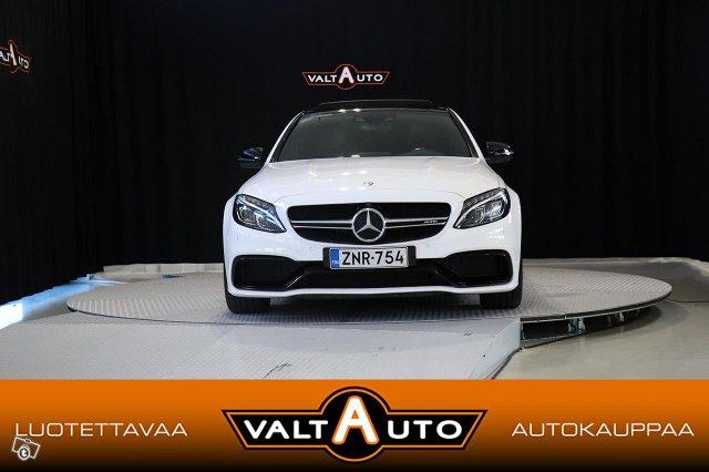 Mercedes-Benz C 63 AMG 2