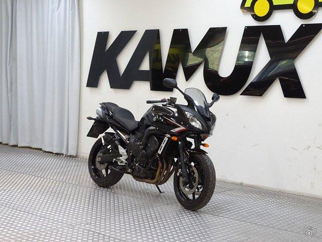 Yamaha 240