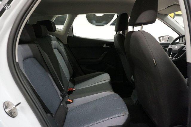 Seat Arona 23