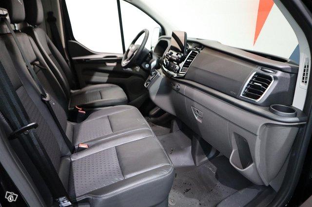 Ford Transit Custom 24