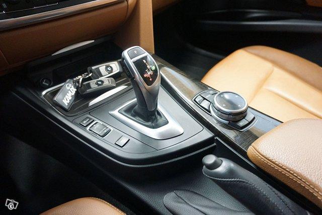 BMW 335 22
