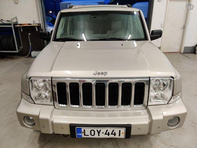 Jeep Commander 6
