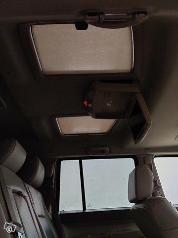 Jeep Commander 12