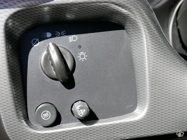 Chevrolet Chevy Van 14