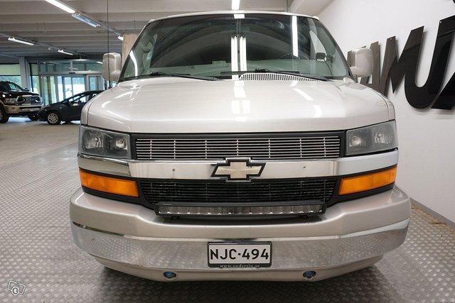 Chevrolet Chevy Van 8