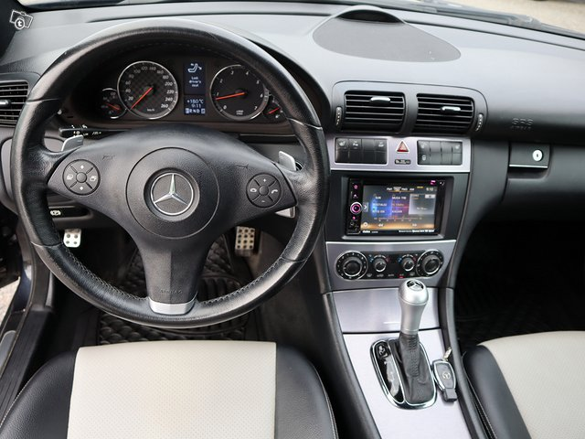 Mercedes-Benz CLC 180 Kompressor 12