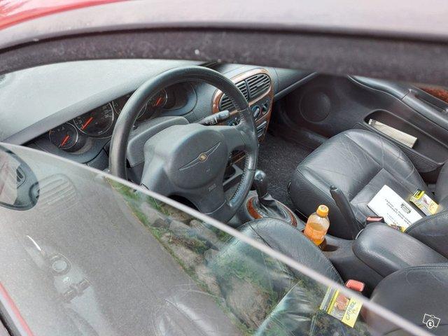 Chrysler Neon 6