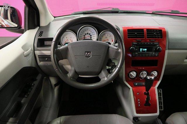 Dodge Caliber 12