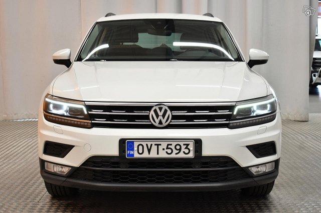 Volkswagen Tiguan 6