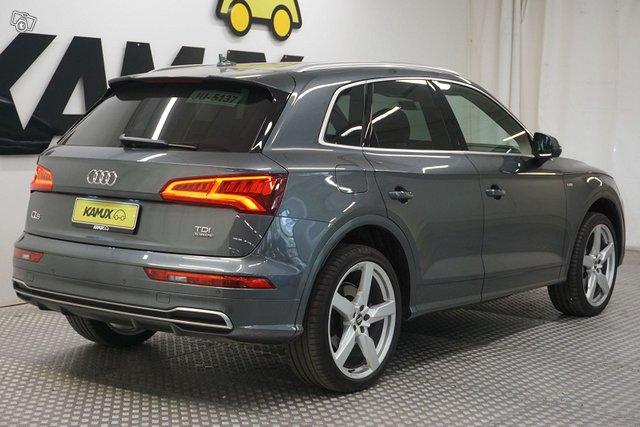 Audi Q5 4