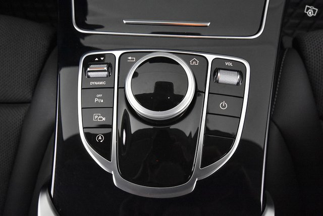 Mercedes-Benz C 15