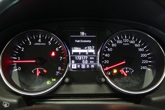 Nissan Qashqai+2 21