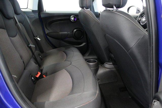 MINI Hatchback 14