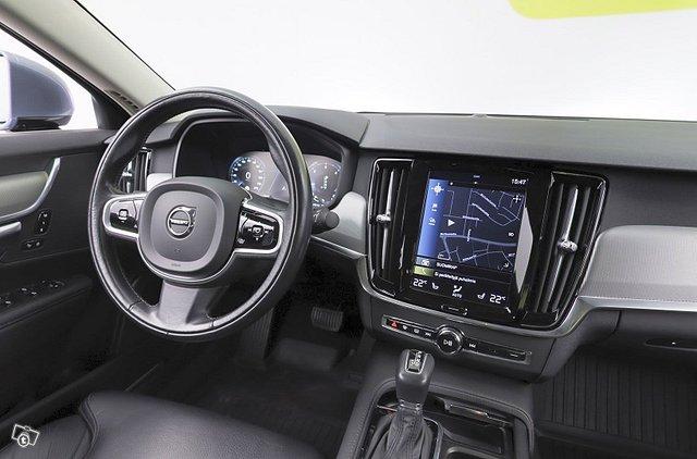 Volvo S90 21