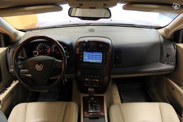 Cadillac SRX 10