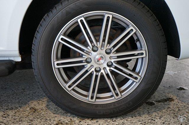 Mercedes-Benz Vito 19