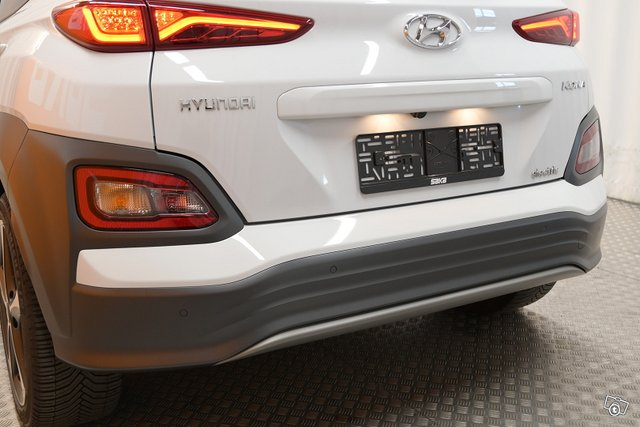 Hyundai KONA 10