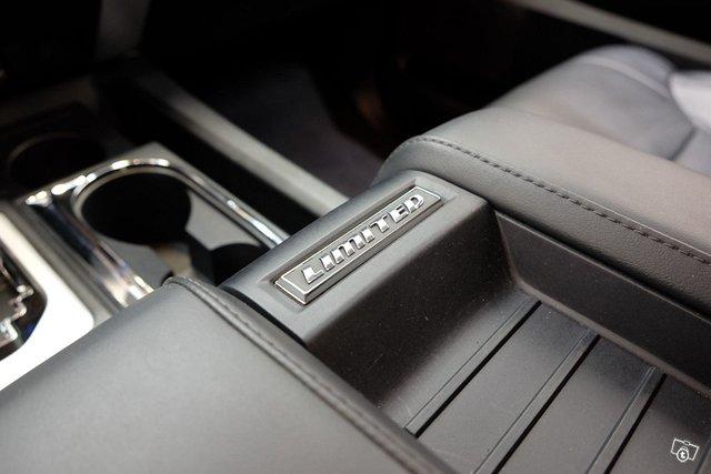 Toyota Tundra 21