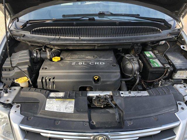 Chrysler Voyager 14