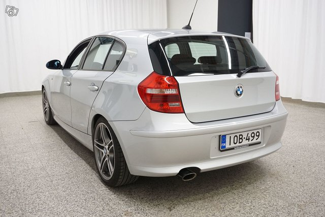 BMW 123 6