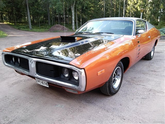 Dodge Charger 3
