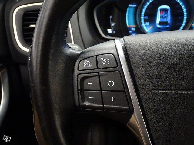 Volvo V40 Cross Country 14