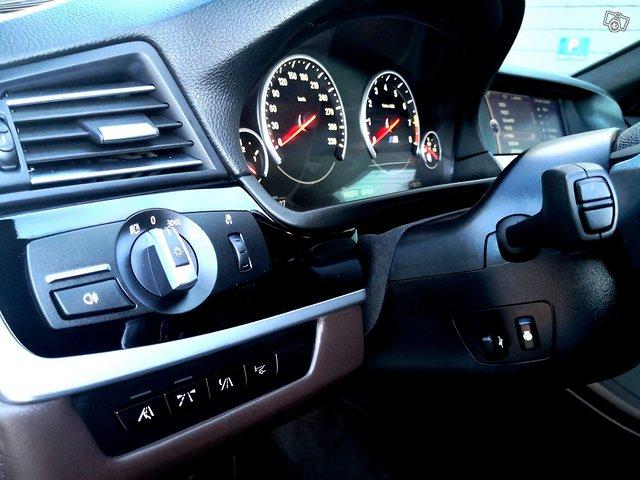 BMW M5 15