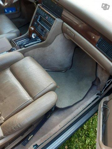 Audi V8, kuva 1