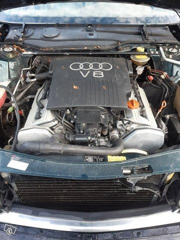 Audi V8 9