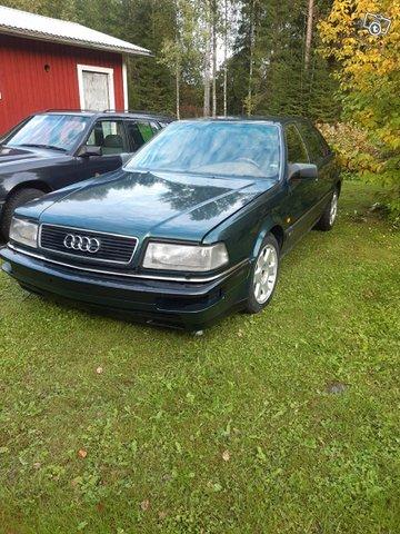 Audi V8 10